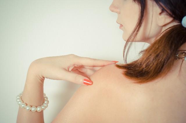 女性 身長別 肩幅 平均サイズ 芸能人 肩幅 狭い